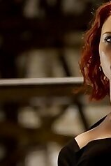 Scarlett Johansson showing her impressive body