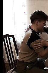 Young boy gets really curious about mommy\'s body