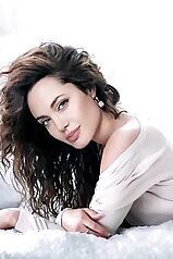 Angelina Jolie\'s most unconvincing fakes