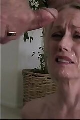 Old-fashioned facial video with a horny MILF