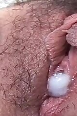 Creampied cunt looks simply delicious here